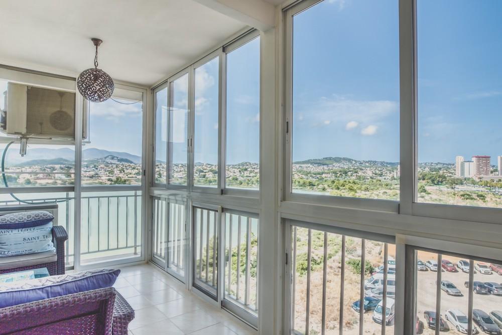 piekny-apartament-z-widokiem-na-jezioro-i-morze-w-calpe-4-24130