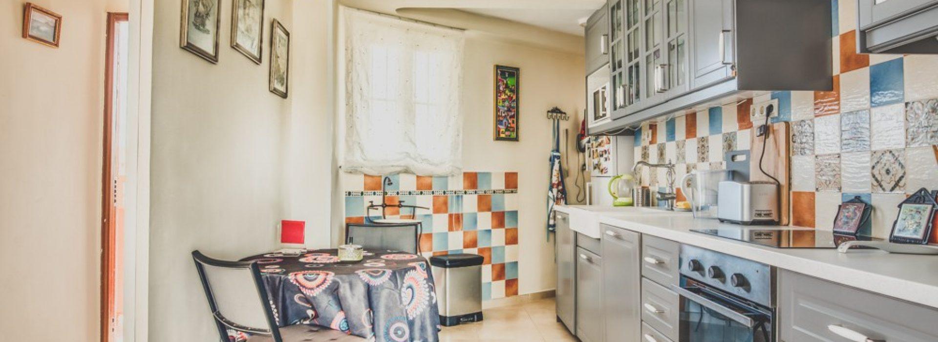 piekny-apartament-z-widokiem-na-jezioro-i-morze-w-calpe-4-24134