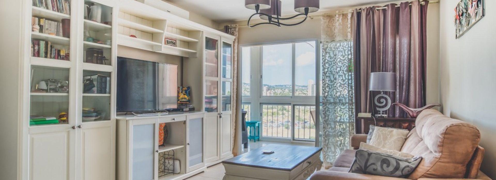 piekny-apartament-z-widokiem-na-jezioro-i-morze-w-calpe-4-24139
